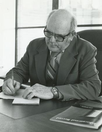 G. Van Groningen