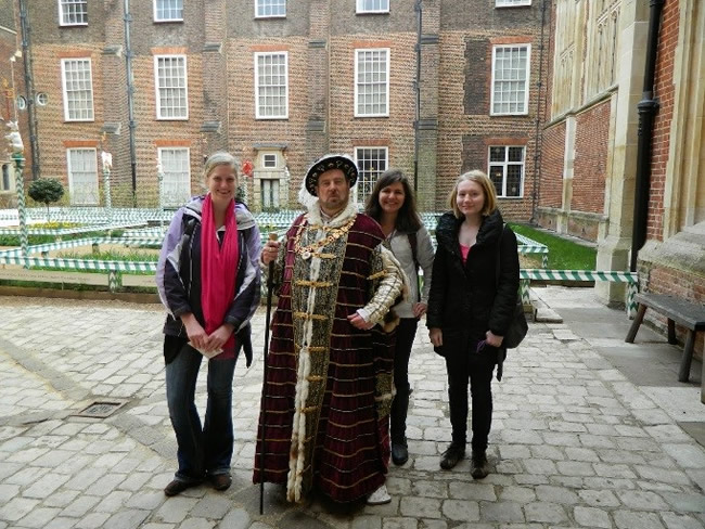 King Henry VIII and the girls